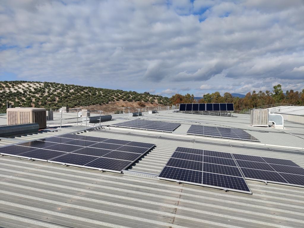 Instalación fotovoltaica de autoconsumo en una fábrica