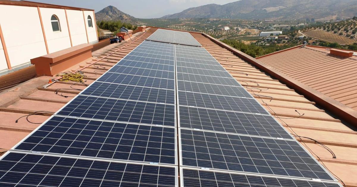 ¿Qué ventajas tiene la instalación fotovoltaica de autoconsumo para la Almazara?