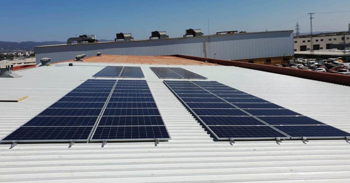 Grupo UNAMACOR apuesta por la energía solar fotovoltaica